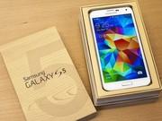 Новый Samsung Galaxy S5 (16Gb) (G900F) white.